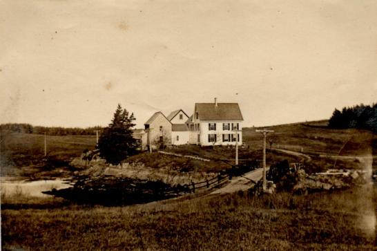 old photo farmhouse
